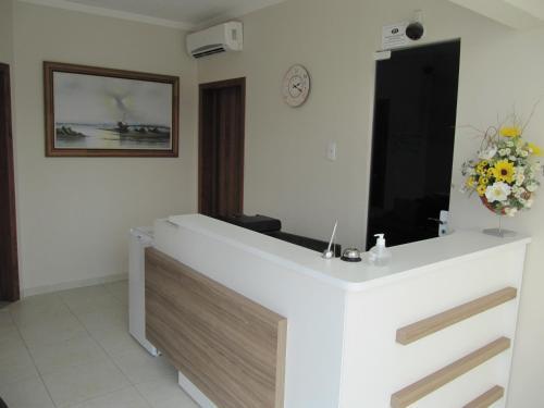 Ilha Norte Apart Hotel Photo