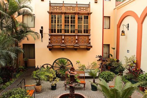 Hotel El Ducado Photo