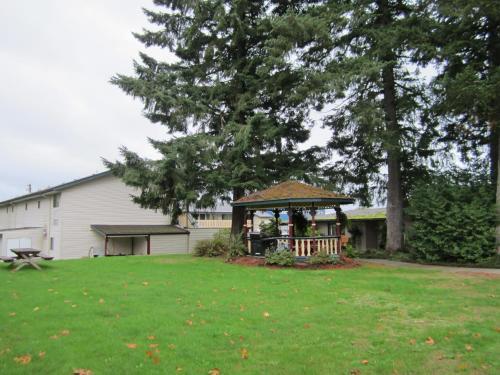 Heritage River Inn - Campbell River, BC V9W 2G7