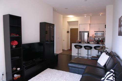 Goodwood Suites - Mississauga, ON L5B 4P9