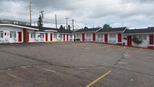 Rocket Motel - Custer, SD 57730