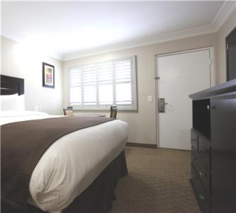 Americas Best Value Inn Riverside Photo