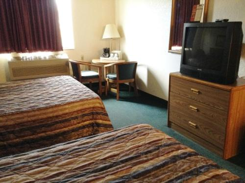 Travelodge Hudsonville Photo