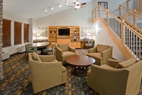 AmericInn Hotel & Suites Hawley Photo