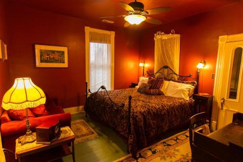 Swantown Inn & Spa - Olympia, WA 98501