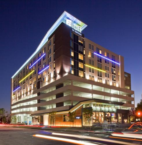 Aloft Houston by the Galleria photo 2