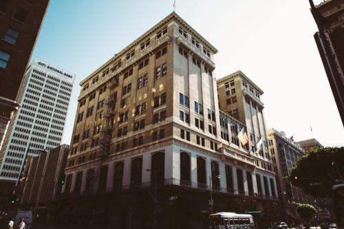 431 West 7th Street, Los Angeles, California 90014, United States.