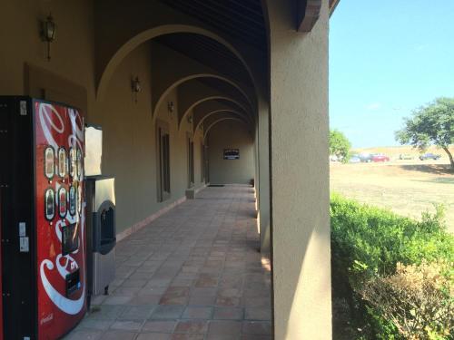 Frio Inn Photo