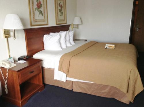 Quality Inn Hudsonville Photo