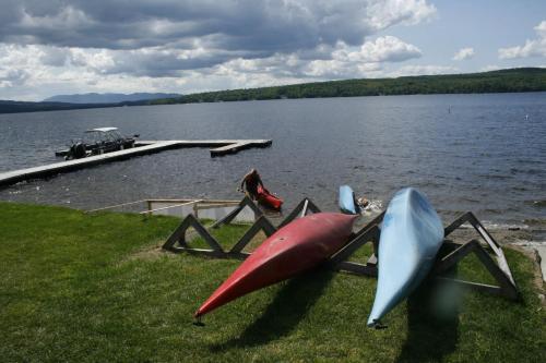 Auberge et Chalets sur le Lac Photo