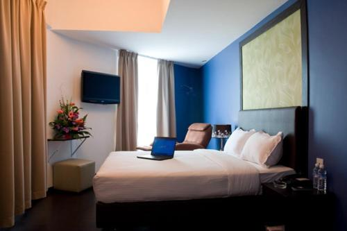 Le Hotel Kota Kinabalu photo 64
