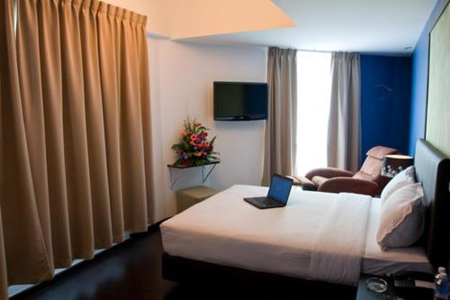 Le Hotel Kota Kinabalu photo 67