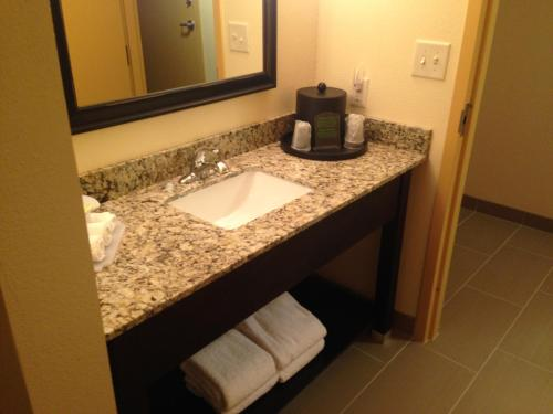 Holiday Inn Express Augusta Downtown - Augusta, GA 30901