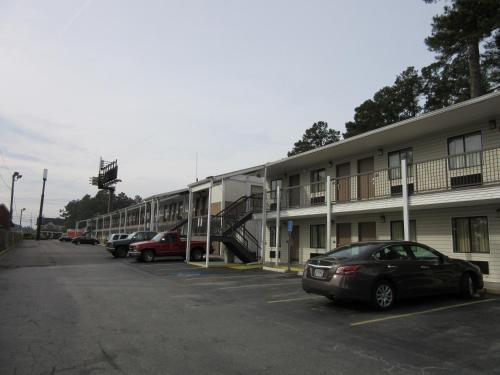 Travelodge By Wyndham Augusta - Augusta, GA 30907