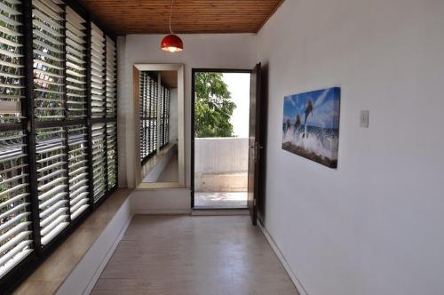 ArendaIzrail Balcony Apartment - HaGolan Street