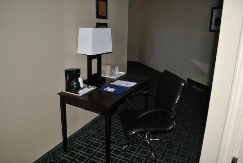 Comfort Inn Franklin Photo