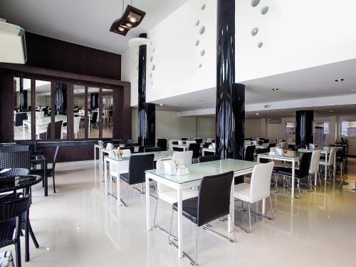 Md Grand Hotel