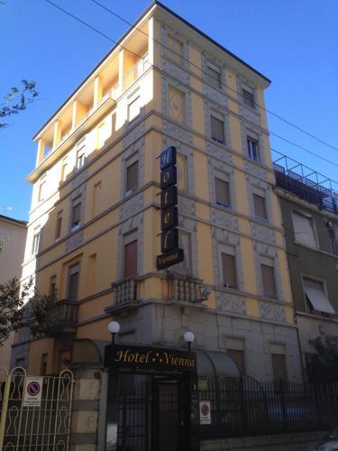 Hotel Vienna photo 1