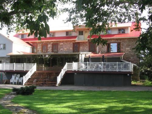Hostellerie du Suroît Photo