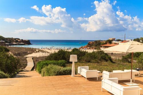 Carrer Cala Saona, s/n, 07860, Formentera, Islas Baleares, Spain.