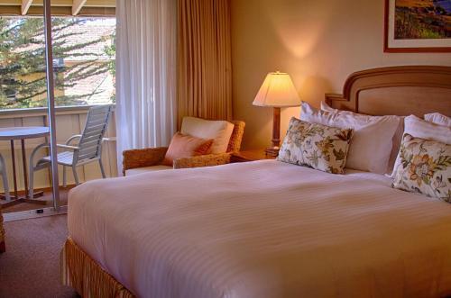 Carmel Lodge Photo