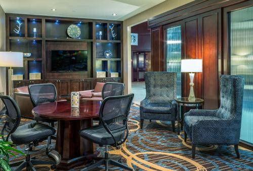 Sheraton North Houston at George Bush Intercontinental photo 14
