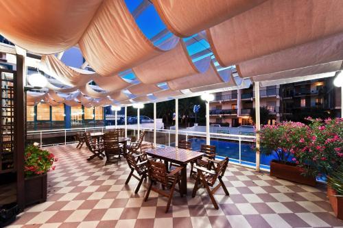 Hotel Continental San Benedetto Del Tronto in Italy