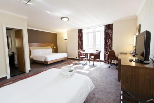 Hilton London Olympia photo 39