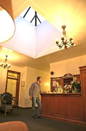 Ryan Hotel Wallace