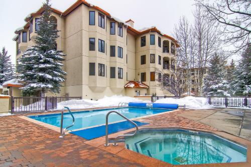 Meadows Condos By Resortquest - Steamboat Springs, CO 80487