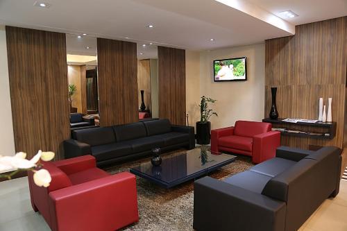 Monaco Convention & Hotel