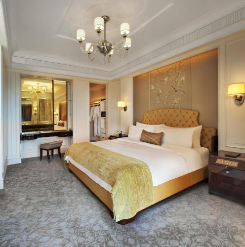 The St. Regis Singapore photo 10