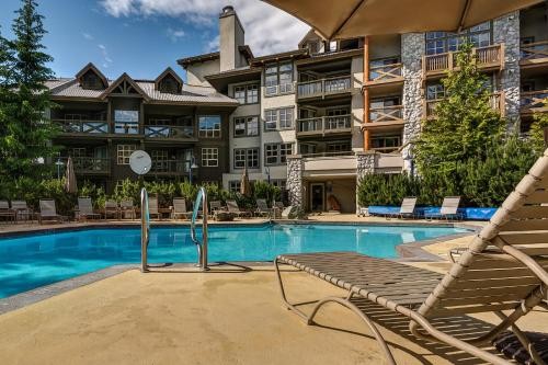 The Coast Blackcomb Suites At Whistler Photo