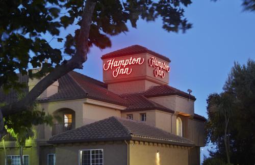 Hampton Inn Morgan Hill Photo