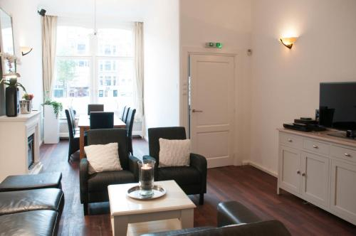 Chariot Amsterdam - canal apartment photo 7