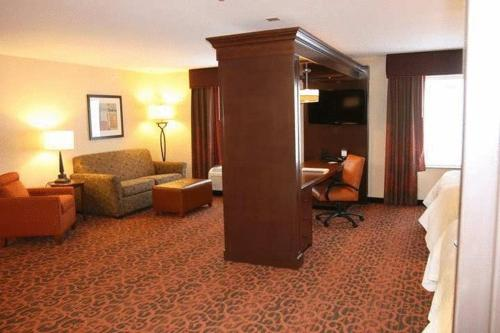 Hampton Inn And Suites Peru - Peru, IL 61354