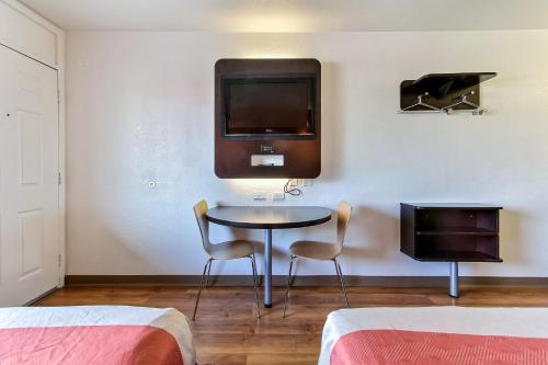 Motel 6 Santa Clara photo 15