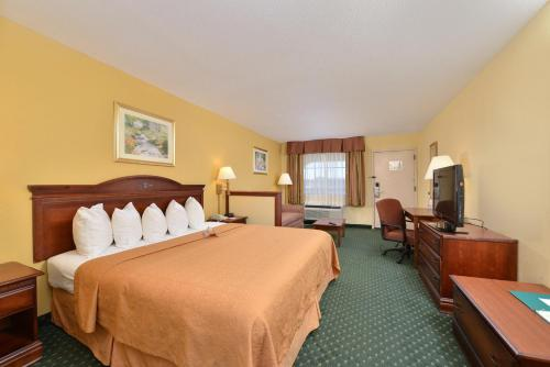 Quality Inn & Suites Southwest - Jackson, MS 39204
