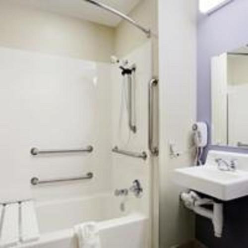 Microtel Inn & Suites Columbus - Columbus, GA 31907