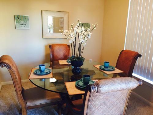 Resort Style Apt/homes - Conroe, TX 77304