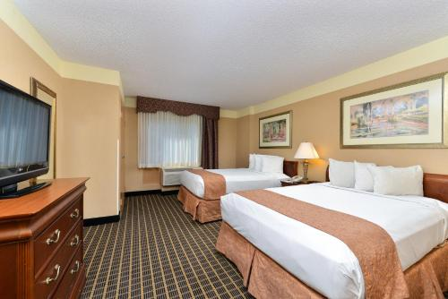 Quality Suites Orlando Kissimmee The Royale Parc Suites photo 9