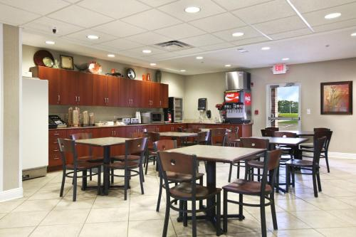 Microtel Inn & Suites By Wyndham Hattiesburg - Hattiesburg, MS 39402