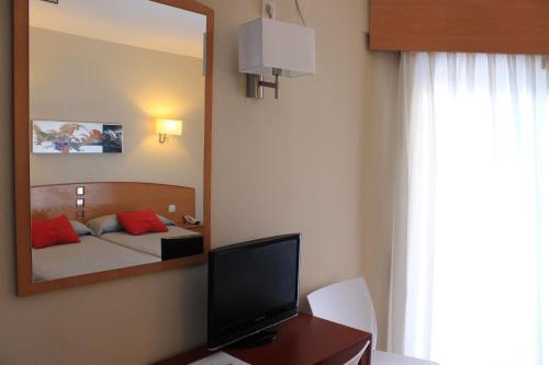 Hotel RH Sol photo 25