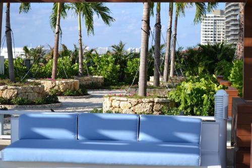 Grand Beach Hotel Surfside West Photo