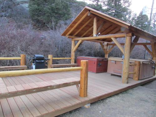 Ute Bluff Lodge Cabins & Rv Park