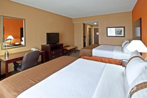 Holiday Inn Louisville Airport South - Louisville, KY 40213