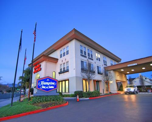 Hampton Inn & Suites Mountain View Photo