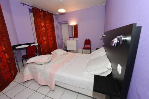 Hotel De La Poste Photo
