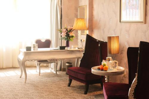 Asia Hotel photo 36