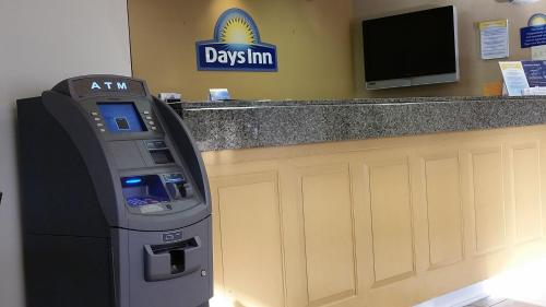 Days Inn Norfolk Airport Photo